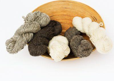 Local Yarn from Harmony Fields